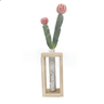 Cactus artificial con base de madera